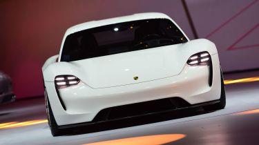 保时捷和奥迪加入新电动汽车平台的武力