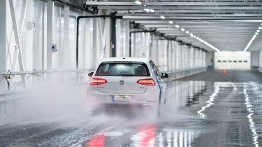 世界上第一个室内冬季测试赛道在芬兰开放