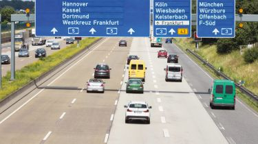 自2月以来购买了超过六百百万的国际驾驶许可证